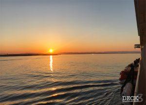 Sonnenaufgang von Bord der Mein Schiff 4 bei der Anfahrt auf Bergen