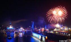 Auslaufparade der Hamburg Cruise Days 2017 mit Feuerwerk, als Vorbild für das Rostock Cruise Festival