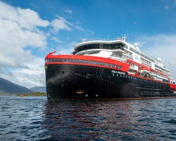 Roald Amundsen - Hybrid-Expeditions-Kreuzfahrtschiff von Hurtigruten