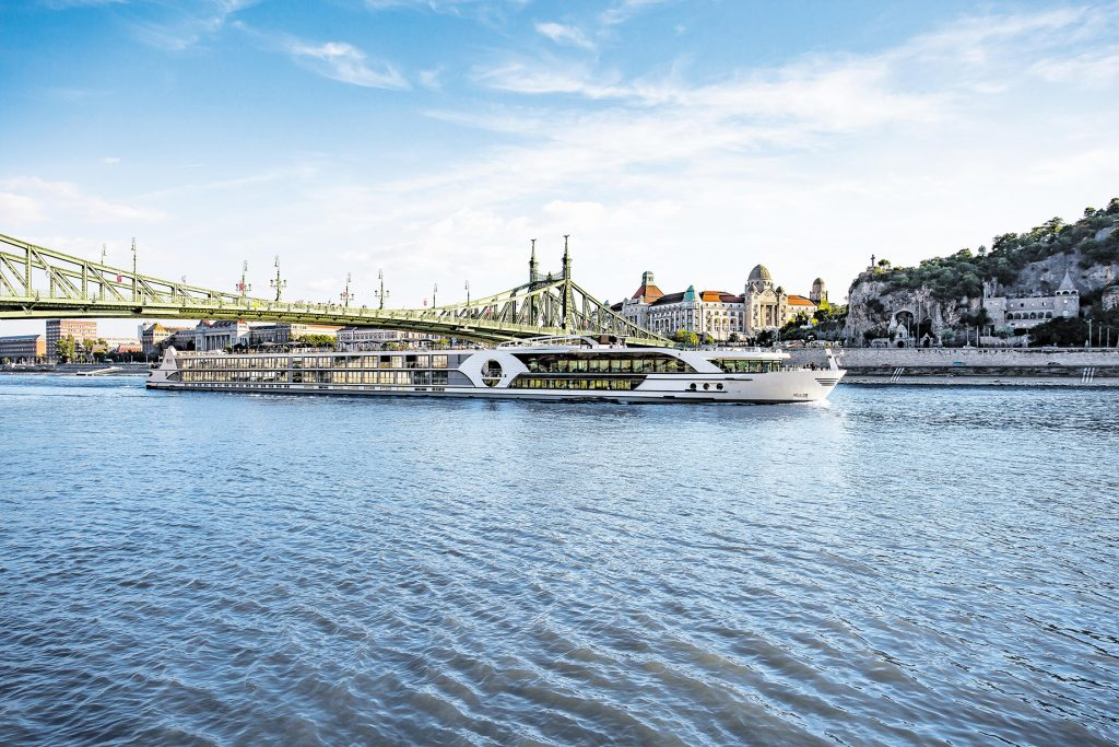 VIVA Cruises Flusskreuzfahrt-Schiff | VIVA Cruises Flusskreuzfahrt Kurzreisen, Schnupperangeobte 2020