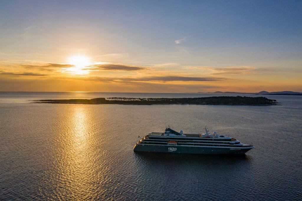 Die WORLD VOYAGER von nicko cruises wird zeitnah in Dienst gestellt.