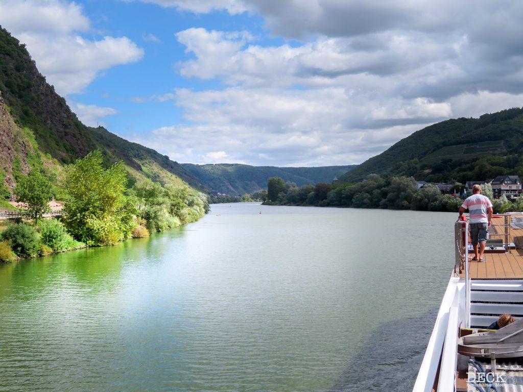 Blick von der Rhein Melodie von nicko cruises auf die Mosel. / Reisebericht meiner Flusskreuzfahrt, Tag 2